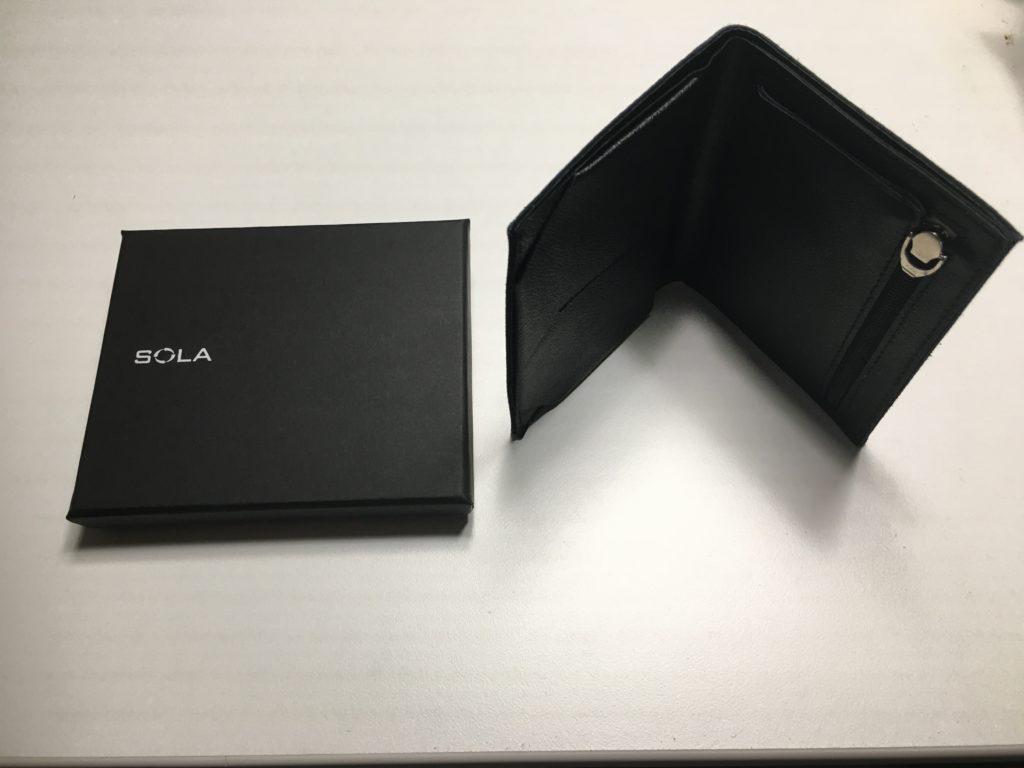 薄い財布Tenuis3の写真